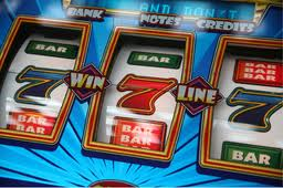 play the online pokies